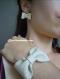 Parure mariage bijoux noeuds de cuir ivoire.