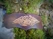 Bracelet en cuir motif tribal
