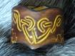 Bracelet en cuir noeud celtique gravé manuellement