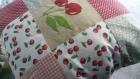 Petit coussin patchwork cerise à carreaux