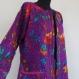 Manteau femme en coton gaudri violet à dessin oiseaux de paradis, col rond .