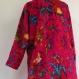 Manteau femme en coton gaudri fuchsia à dessin oiseaux de paradis, col rond .