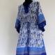 Tunique courte kaftan blanche à motifs poissons bleus en coton block print