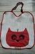 Jolie serviette de table élastiquée, petit motif chien qui sert de poche, pour l'école??