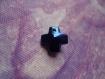 Croix bleue en pendentif 14 x 14 mm par lot de 4
