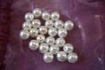 Perles effet nacre en plastique pour créations bijoux