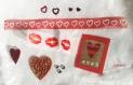 Embellissements thème cœur ♥ organza, feutrine, strass ♥ kit de 12 piéces