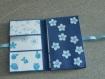Mini-album photo aux fleurs bleues