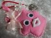 Porte-clés peluche doudou rose et blanc en feutrine