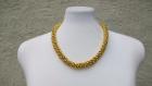 Parure collier et bracelet en perles synthétiques dorées : collection les soirees