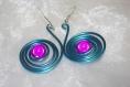 Boucles d'oreilles pendantes fil aluminium et perle