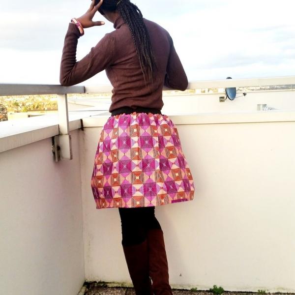 0b01916dc4513 Jupe courte type africain en pagne   mode-femme par style-d-afrique