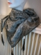 Chèche foulard triangle tissu double chèche fils argent /noir, pampilles,artisanal