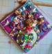 Tableau bouquet fleurs de matériaux naturels et vase de coquilles saint-jacques20x20cm