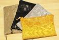 Pochette en simili cuir croco doublée de tissu en coton
