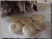8 boutons imitation coquillage blanc cassé * 15 mm 2 trous 1,5 cm button mercerie
