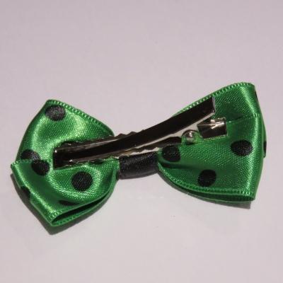 5b22c28738400 Pince crocodile métal 4 cm avec petit noeud papillon en tissu ruban satin  vert à gros pois noirs