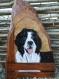 Peintre animalier : sur bois superbe tête de chien