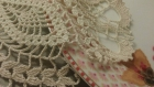 2 napperons crochets beige