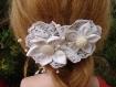 Barrette à cheveux pour mariage ou ? blanche dentelle tissu blanc perles coiffure cérémonie