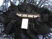 Grande broche vieux rose et noire en tissu et dentelle faite à la main