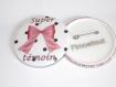 1 badge 58 mm,super témoin femme ,cadeau mariage ,noeud rose2 (personnalisable)