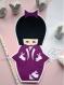 Carte kokeshi et son kimono orné de lapins sautillants