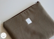 Housse de protection taupe pour tablette tactile (ipad...)