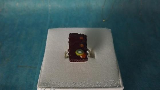 Bague gâteau chocolat, bijou gourmand fimo