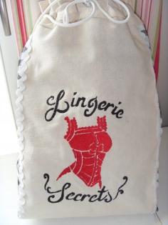 Petit sac lingerie