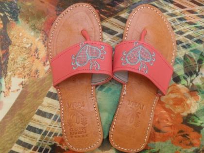 Sandale plate nu pied (pure cuire).