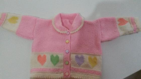 Cardigan fille bébé rebrodé de petist  coeurs