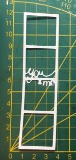 Scrapbooking découpe d'un cadre photo you and me