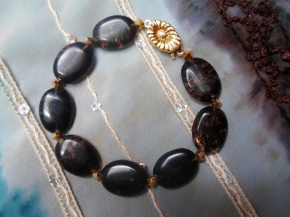 Bracelet noir et doré