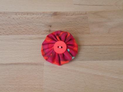 Br 024 broche yoyo coloré modèle 7