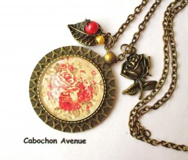 B3.448 bijou femme bouquet de roses romantique collier pendentif bijou fantaisie bronze cabochon verre fleurs roses shabby chic rétro vintage