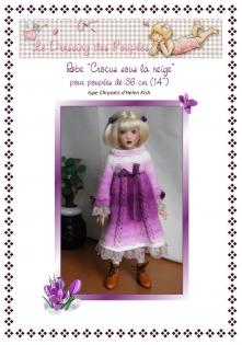 Fiche tricot : crocus sous la neige, robe et béret pour poupée chrysalis d'helen kish