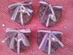 25 jolies boîtes de dragées en forme de coeur garnies