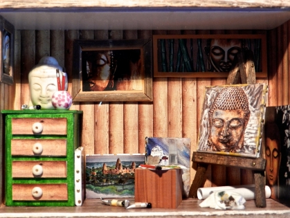 "Vitrine miniature : ""atelier de peinture bouddha"""