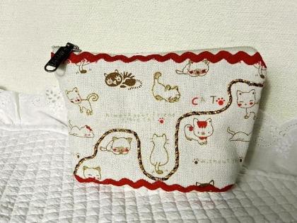 """Pochette molletonnée en tissu écru imprimé """"les chatons"""""""