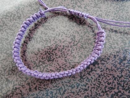 Bracelet tressé en coton ciré violet