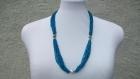 Collier bleu d'eau en perles de rocailles et perles argent