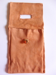 Etui porte-chargeur de téléphone portable en cuir daim marron