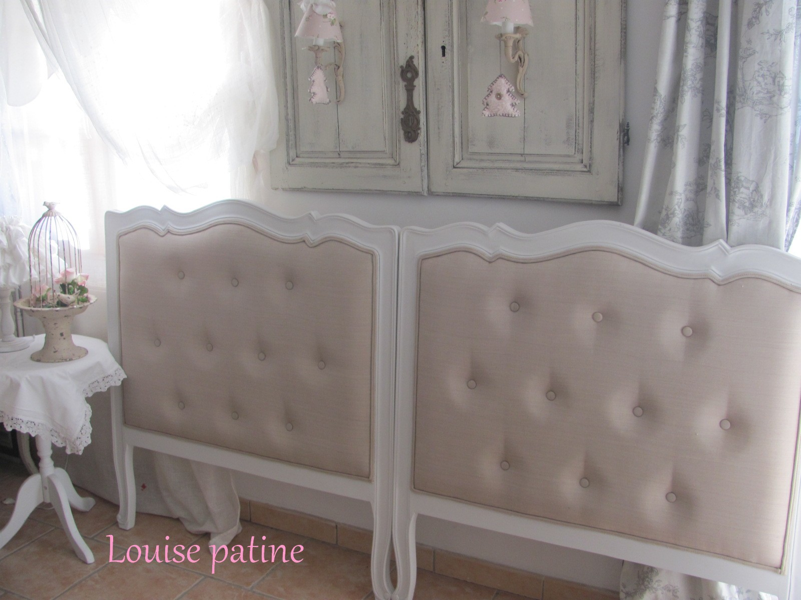 grande t te de lit capitonn e accessoires maison par louise patine. Black Bedroom Furniture Sets. Home Design Ideas