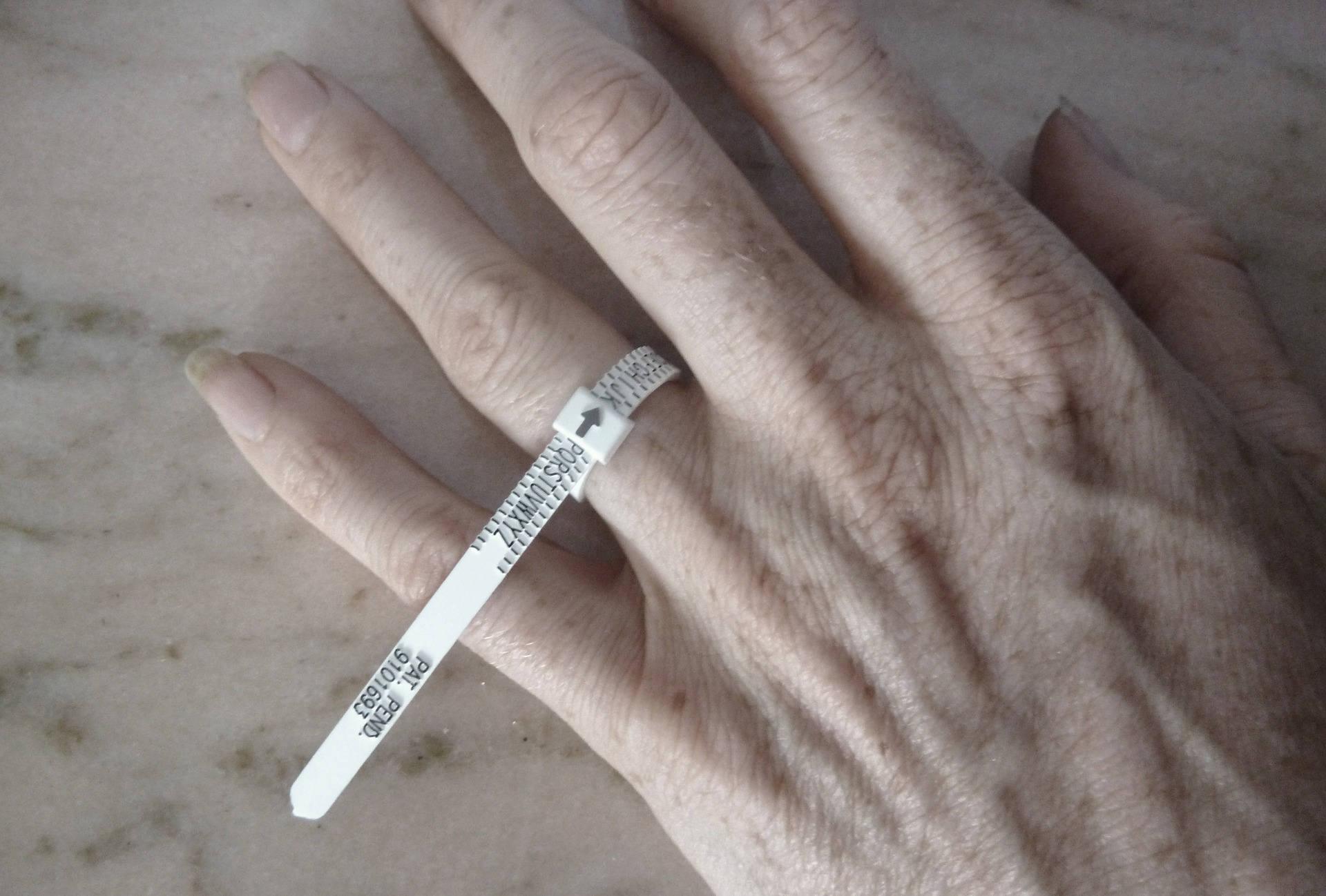 tailles britanniques MFH-D Mandrin et anneaux en m/étal pour mesurer les tailles de bagues//doigts