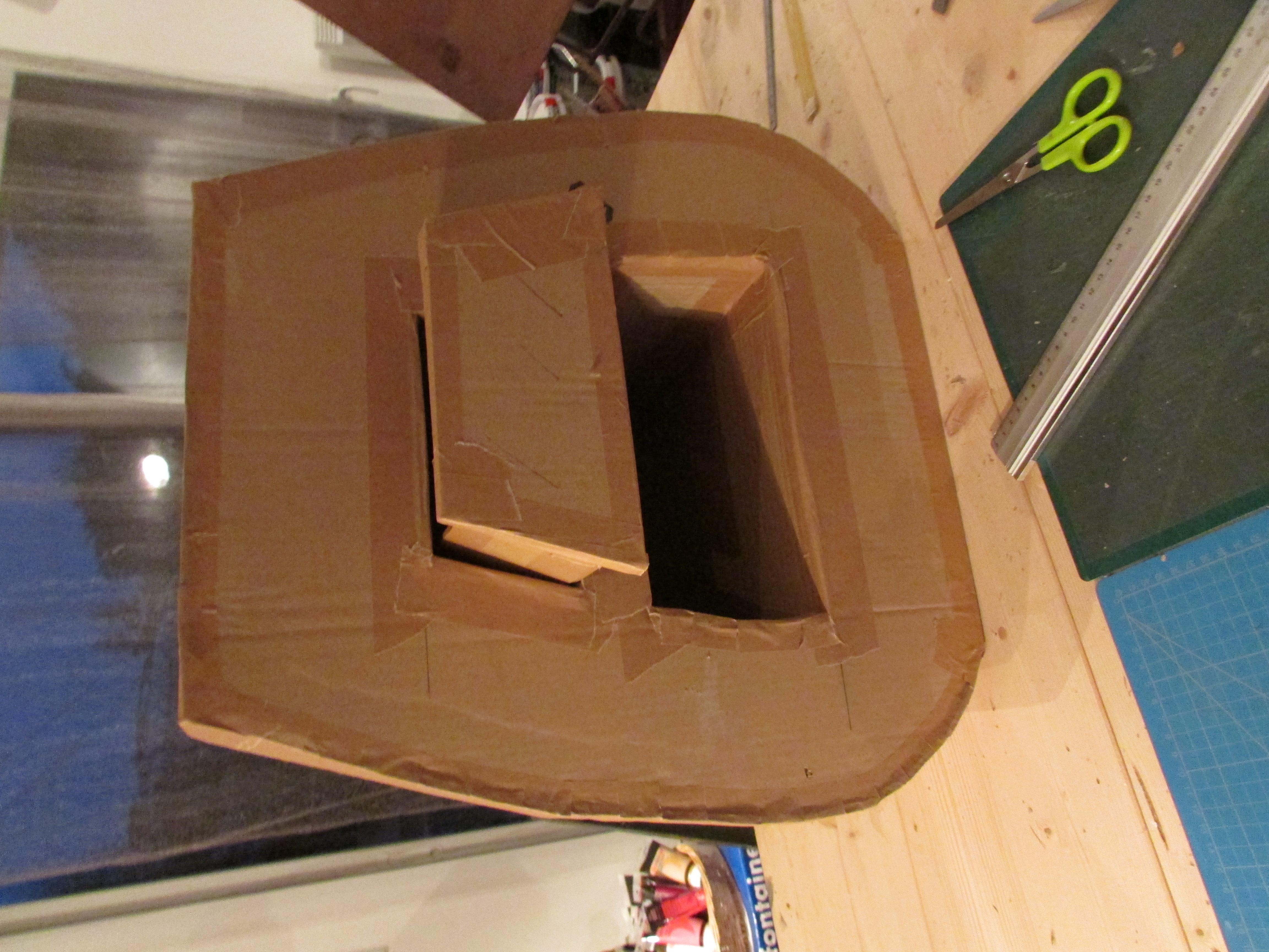Stage creation de meubles ou elements de decoration en for Creation meuble carton