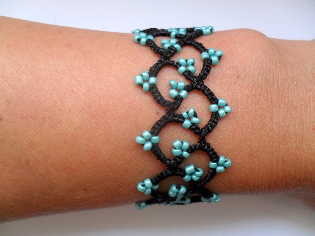 Bracelet tatouage noir et turquoise bracelet dentelle noire frivolite bracelet gothique - Tatouage bracelet noir signification ...