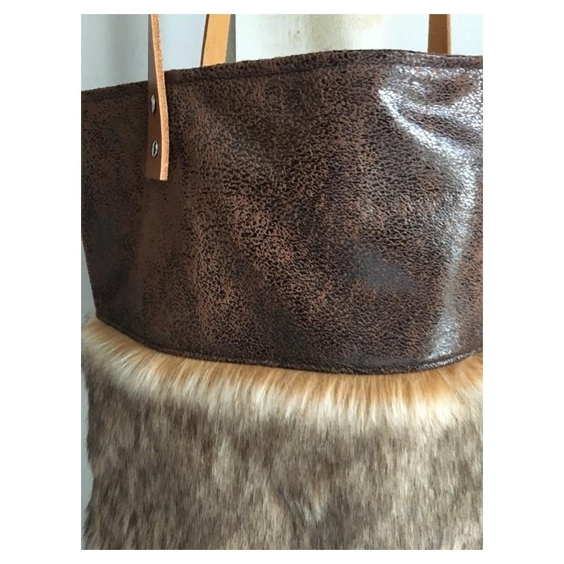 cabas fausse fourrure sacs autres sacs par mzelleponponette. Black Bedroom Furniture Sets. Home Design Ideas