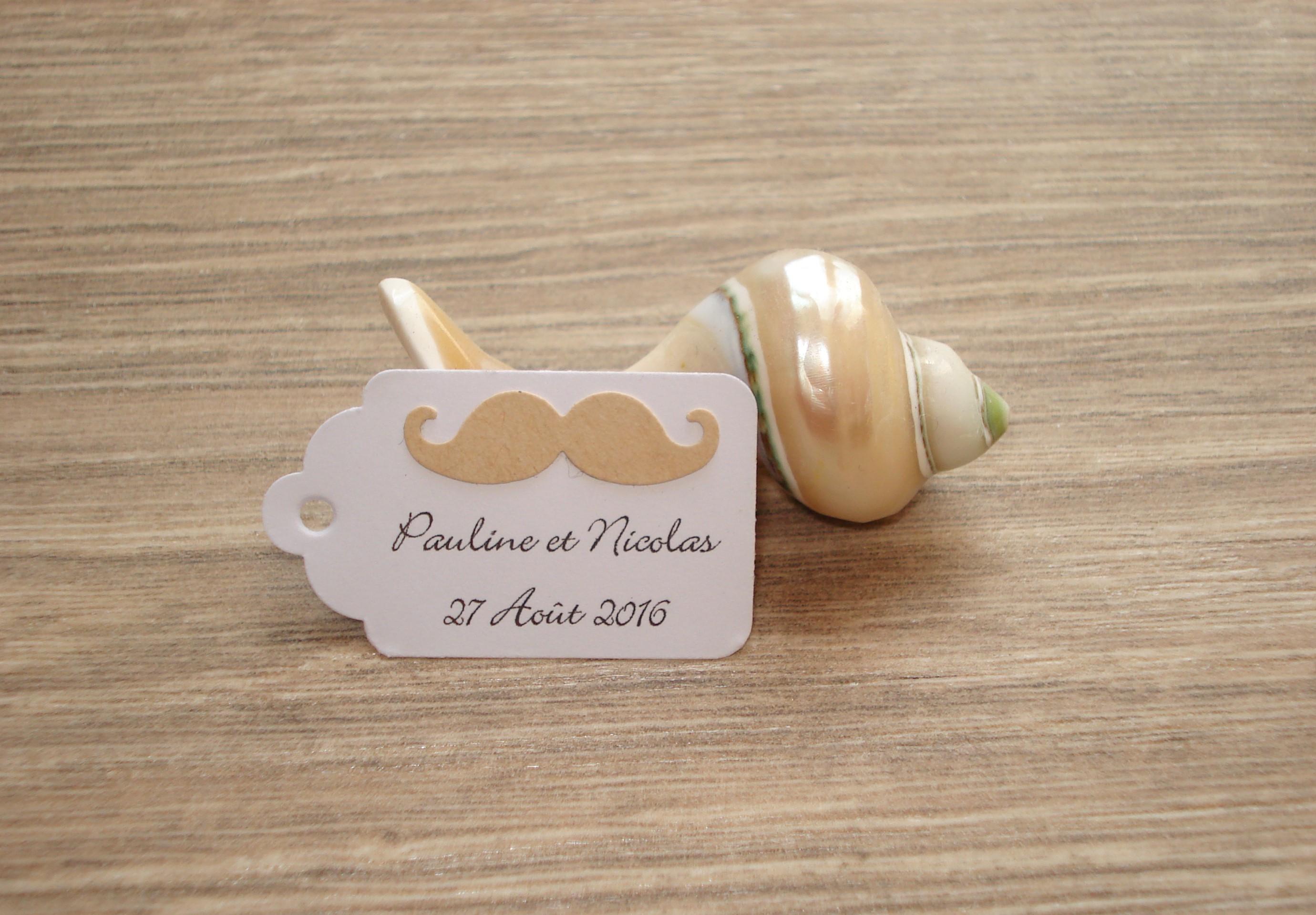 10 tiquettes moustache mariage bapt me anniversaire for Personnaliser ma propre maison