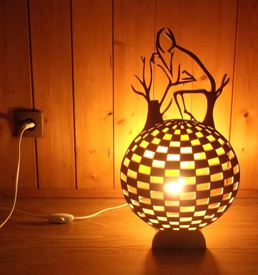 lampe poser artisanale en bois peuplier luminaires par lescreationsenboisdemaryline. Black Bedroom Furniture Sets. Home Design Ideas